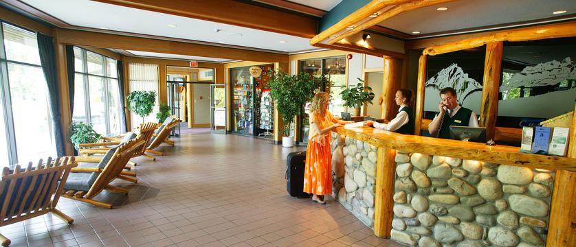 150_Inns_of_Banff_Lobby.jpg